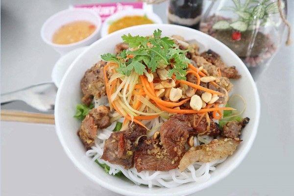 Địa điểm ăn uống ngon, rẻ ở Sài Gòn