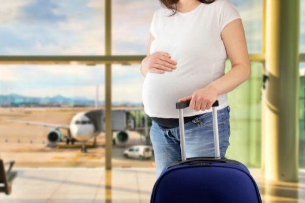 Bà bầu đi máy bay Vietjet cần giấy tờ gì?